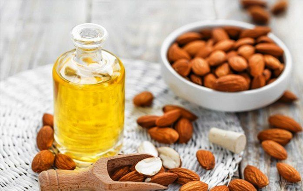 almond oil2
