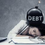 睡眠負債があなたを襲う!睡眠不足の違いと7つのリスク対処法