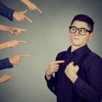 自分の都合のいいように解釈する人の心理特徴7つと上手な付き合い方
