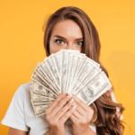 【夢占い】お金が出てくる夢の9つの意味や解釈から変化を読み解く