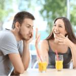 自分の話ばかりする人の心理特徴7つと喋り続ける厄介な人への対処法